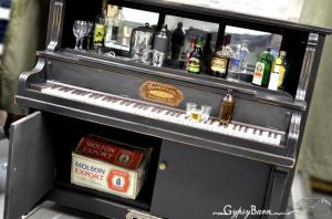 Piano_Bar_by_Gypsy_Barn.94162624_std